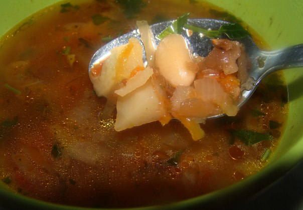 Суп с фасолью и капустой