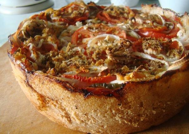 Веганский пирог с томатами и луком