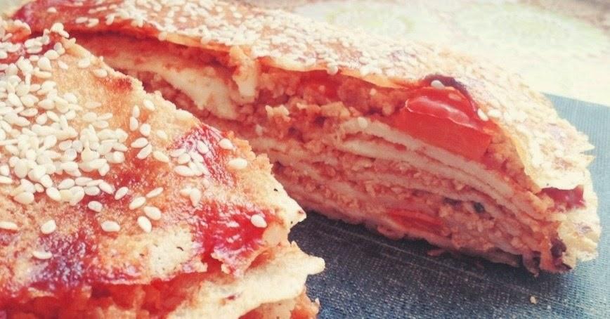 Блинный пирог с соевым фаршем