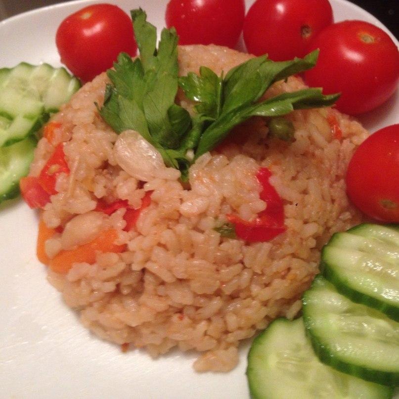 Рис с тофу и орехами