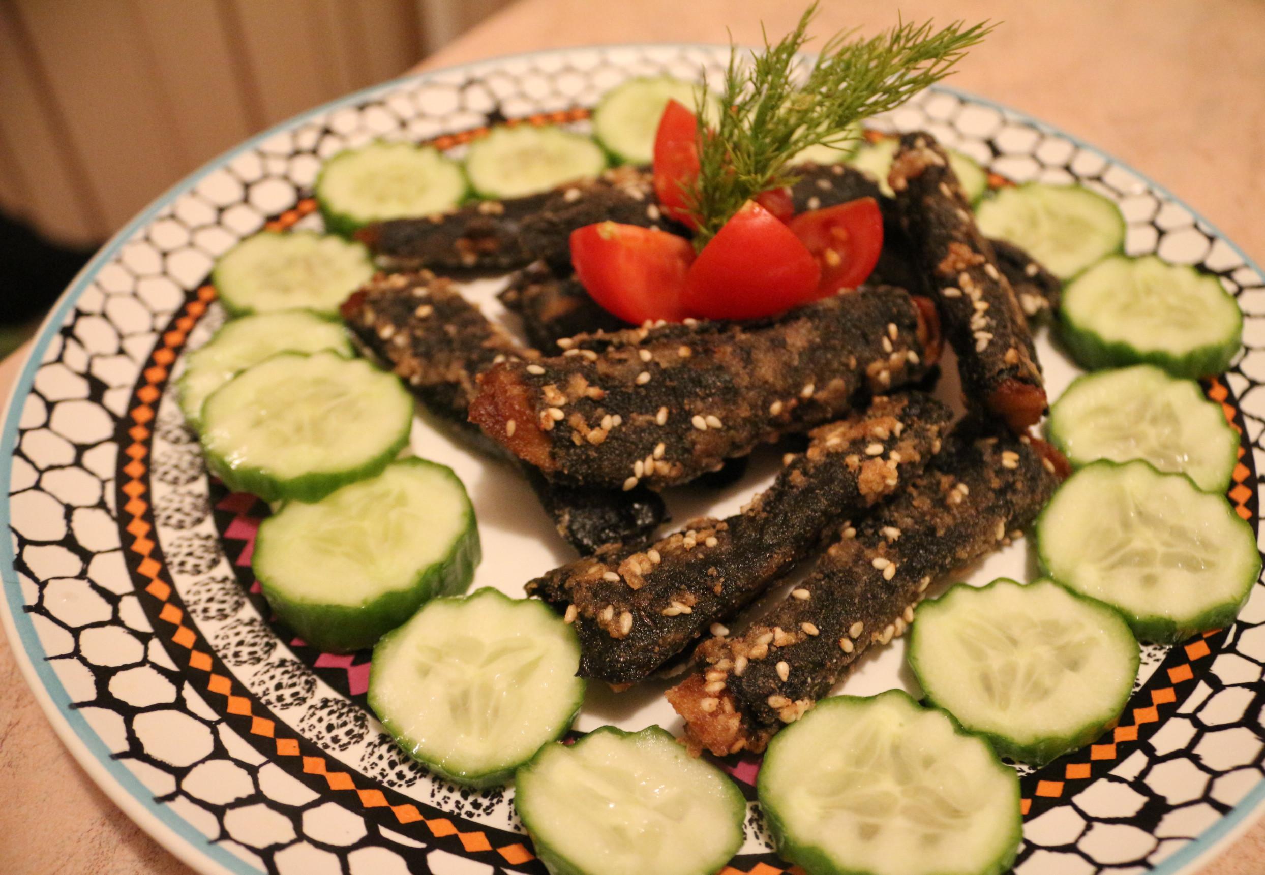 Веганские рыбные палочки из сейтана