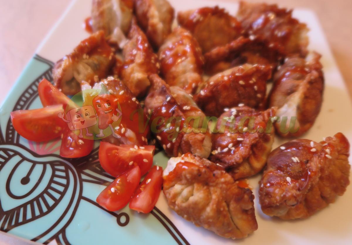 Гёдза с грибами и тофу