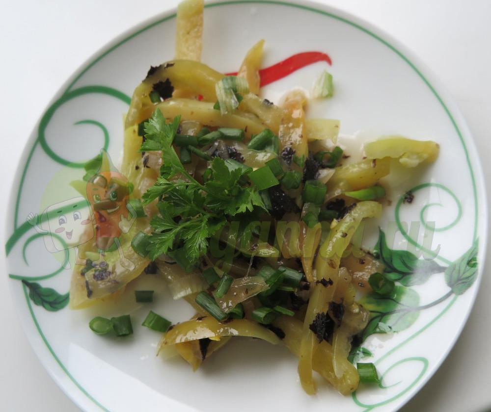 Закуска из перца с нори (Веганская «селедка»)
